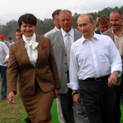 Проверить эффективность работы сотрудников минсельхоза обещала новый аграрный министр елена скрынник на второй день